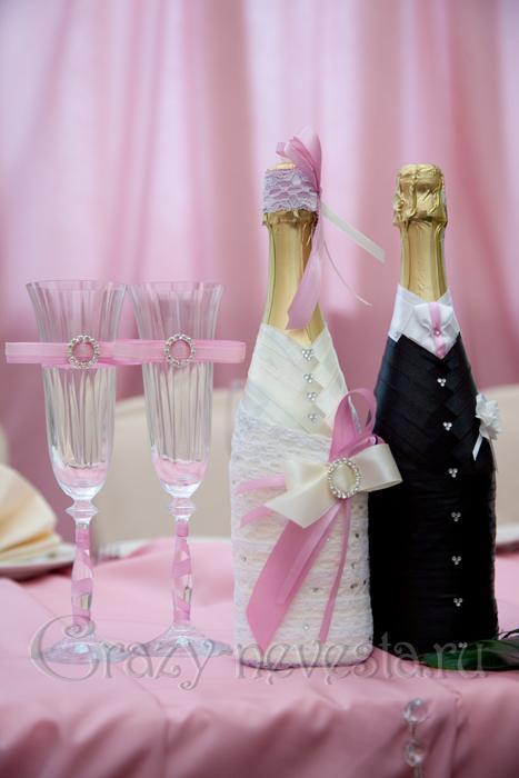 Свадебные костюмчики на бутылки