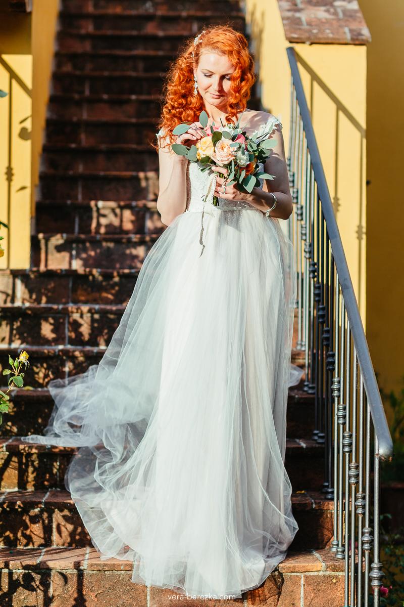 Весенний образ евесты для свадьбы в Тоскане